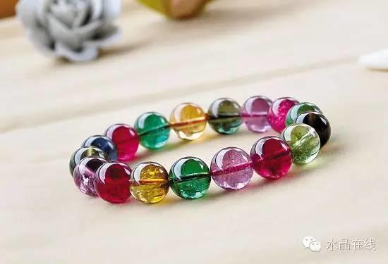"""1576124773 beepress4 1576124773 - 你人为是""""烂石头"""",这些天然水晶可比黄金贵多了!"""